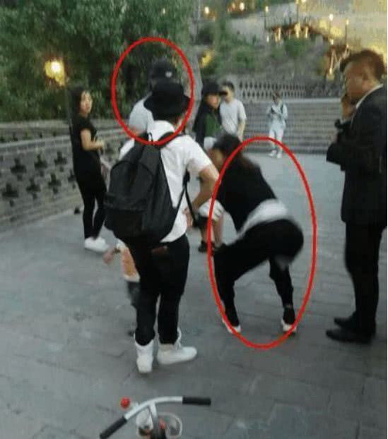 章子怡与汪峰公共场合吵架 原因不明