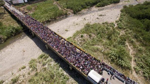 委内瑞拉危机导致拉美史上最大移民潮