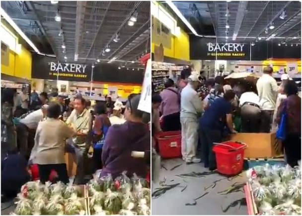 奇景:玉米减价 华人33秒抢空 店员撞飞