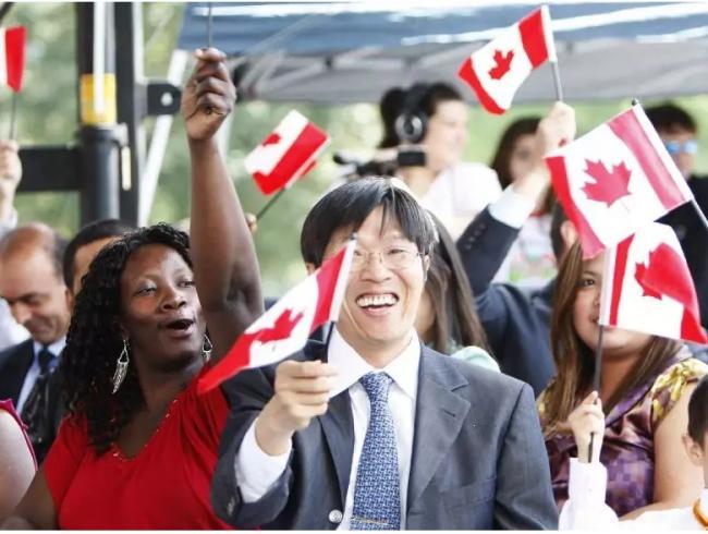"""移民必读:加拿大生活和文化的""""潜规则"""""""