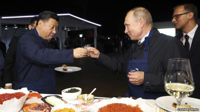 中俄抱团  美防长:长远看走不到一起