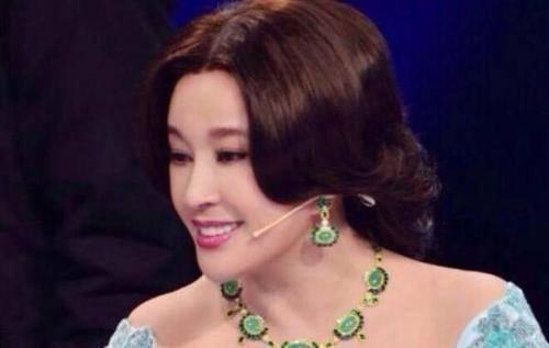 刘晓庆自曝多年没孩子真相 是因为这个