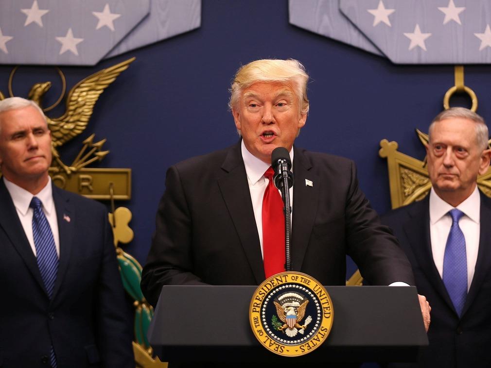 川普签行政令 授权制裁干预美国选举