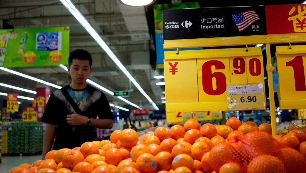 上海一家超市的美国进口橙子 路透社Aly Song供图