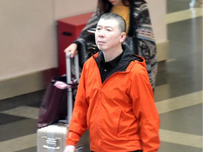 冯小刚疑遭封杀:中国娱乐圈或陷大风暴
