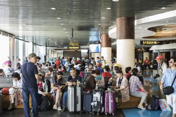 贸易战延烧    中国游客不想去美国了