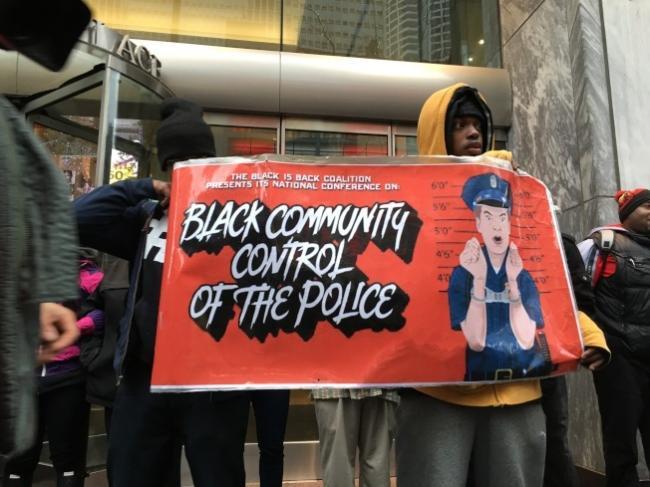 芝城警察16枪杀非裔案今宣判 全市警戒