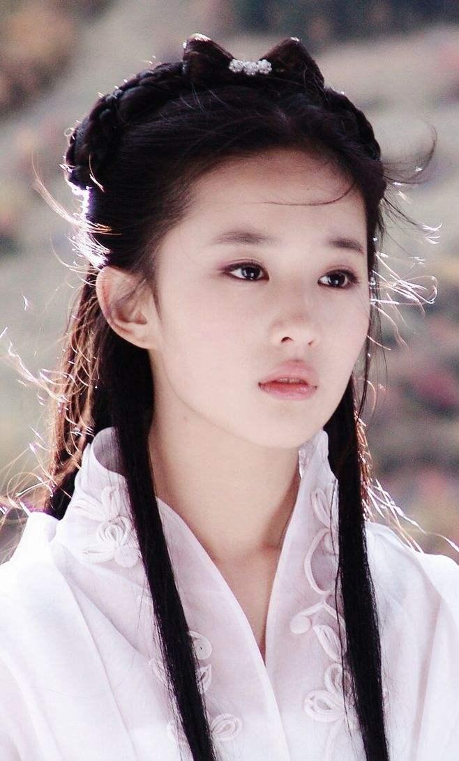 刘亦菲私下衣品一言难尽 神颜都救不回来