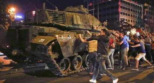 捅美国刀子   撕中国合同  土耳其作死