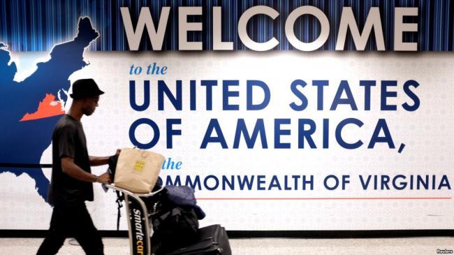 中国使馆警告赴美旅行手机 电脑或被查