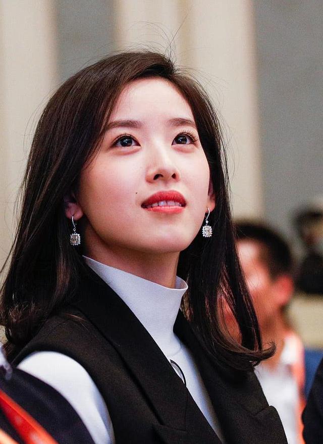奶茶妹妹首次回应 刘强东和她的这件事