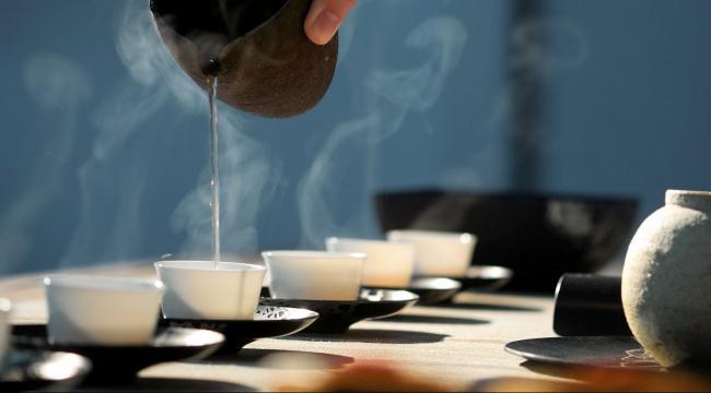 tea-cups-e1539974888253.jpg