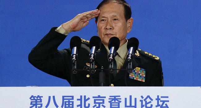 中国国防部长在向谁发出警告