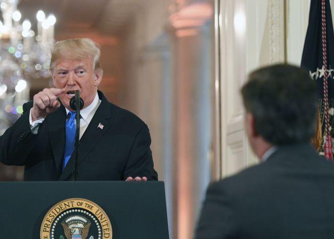 警告民主党 怼CNN 川普:中期选举完胜