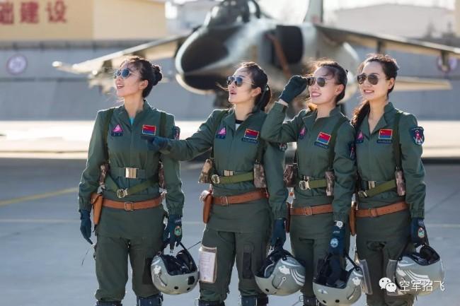 空军招40女生   联手北大培养女太空人