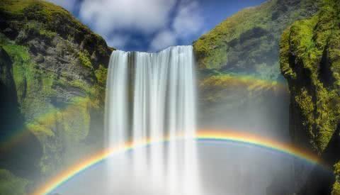 西藏这个瀑布 全世界只有2个人见过