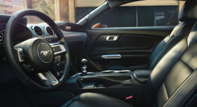 福特獲得新專利 可自動去除新車異味