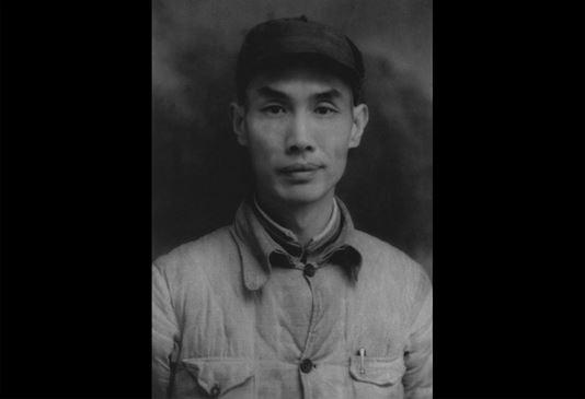 """刘鹤之父:""""色情日记""""暴露 跳楼爆脑浆"""