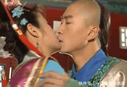 他拍吻戏伸出了舌头 女演员当场发飙