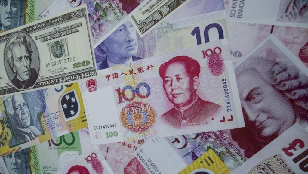 中国央行若不干预  人民币兑美元会破七?