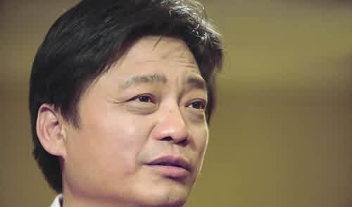 崔永元又点名一香港明星 这人来头很大