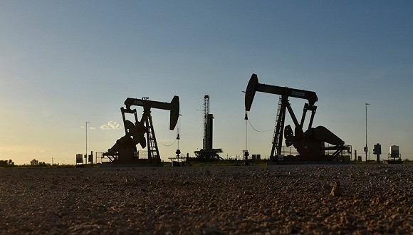 当全球油价下跌 俄罗斯帮委内瑞拉增产石油
