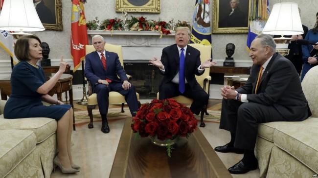 川普就边界建墙问题与民主党人发生冲突