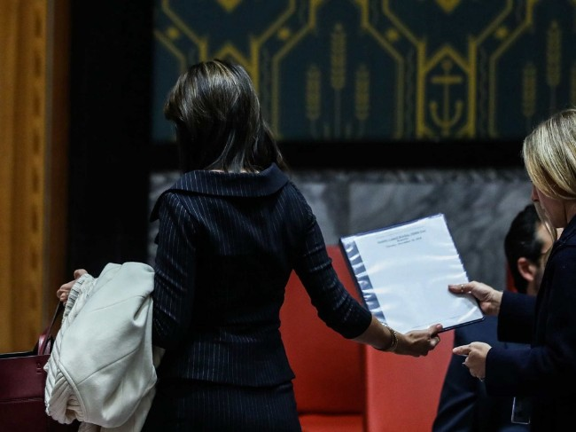 联合国爆发激烈争执 美国大使提前离场