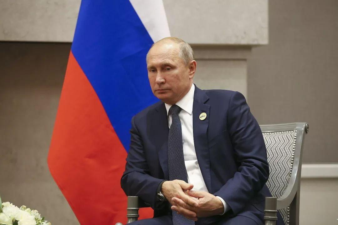对美国忍无可忍 俄罗斯要拉中国做件大事