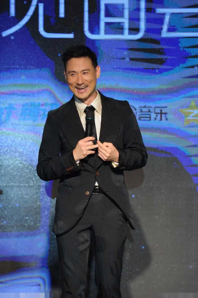 张学友谈刘德华:竞争的朋友,我是配角