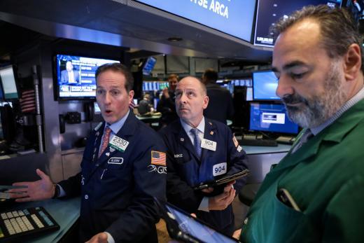 美中贸易紧张下降   美股连4涨