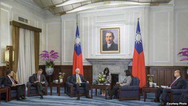 美国在台协会:中国应该停止胁迫台湾