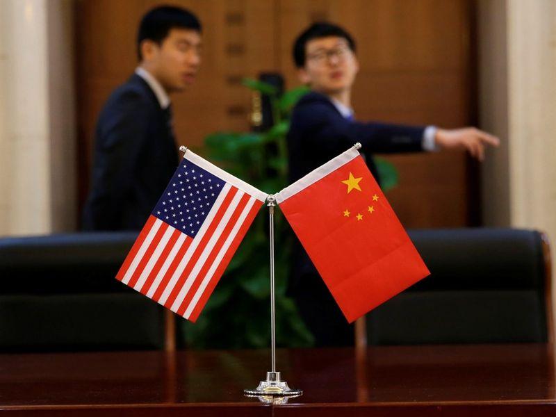 中美谈判关键期 美国政府没钱又缺人