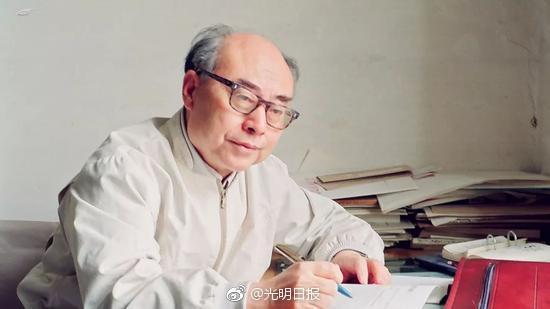 """""""中国氢弹之父""""于敏去世 隐姓埋名28年"""