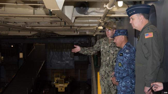 剑指中国 日本政府买海岛部署萨德