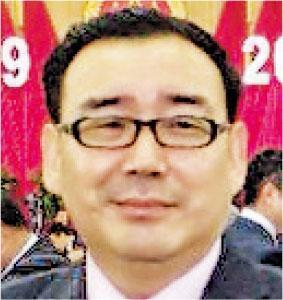 杨恒均多次自称王沪宁学生 如今涉间谍案
