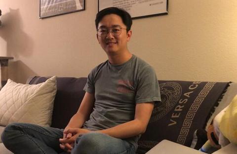在硅谷过年的中国青年
