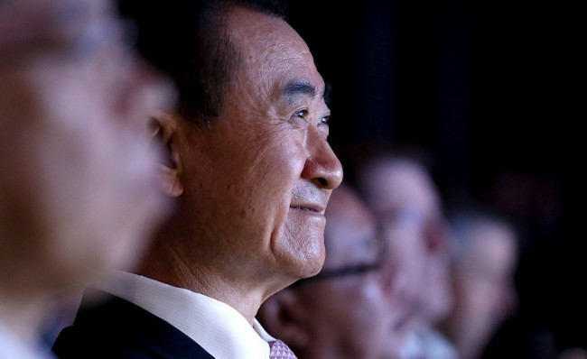 王健林参与耗资259亿的大项目 马克龙一句话取消