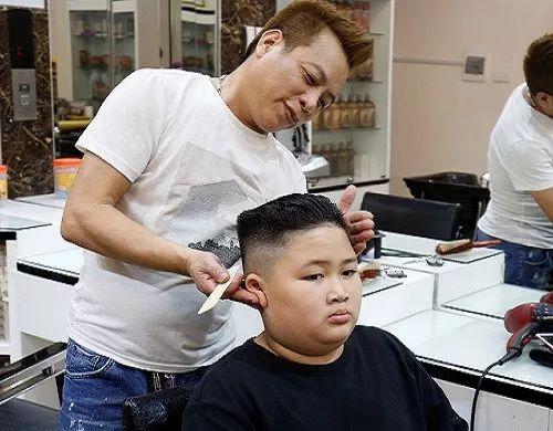 非常呆萌 金正恩同款发型在越南火了
