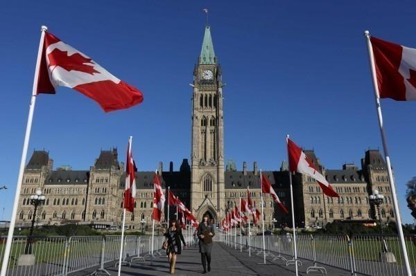 曝加拿大的中国移民  不敢得罪中国