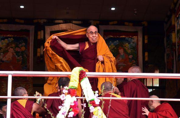达赖:只有我代表600万藏人……
