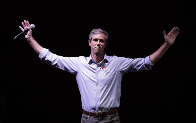 民主党新星欧洛克宣布角逐2020总统大选