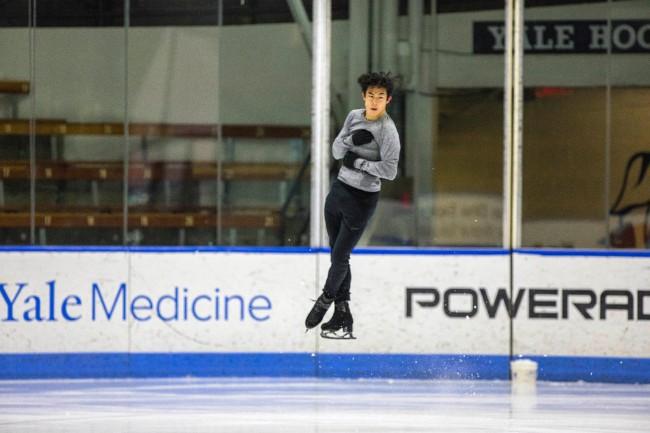 牛 耶鲁华裔学霸卫冕世界花滑男单冠军