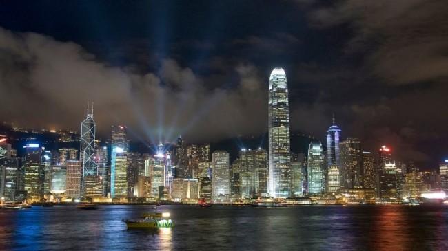 """英国发布香港报告 """"高度自治遭削弱"""""""