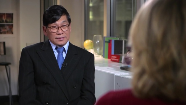 两年了!遭美联航施暴华裔医师首露面