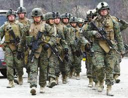 美军高层首次公开承认  随时准备动武