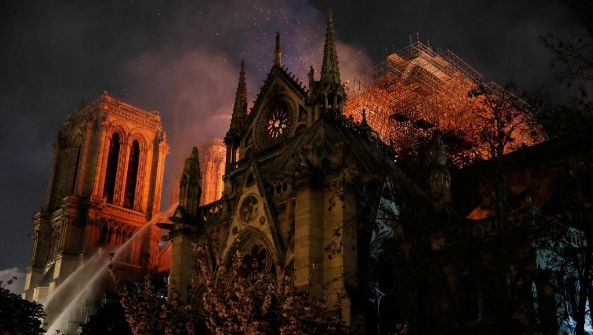 巴黎圣母院大火:整体建筑有望得以保存