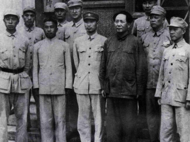 """将毛泽东标为""""独裁者"""" 视觉中国遭重罚"""