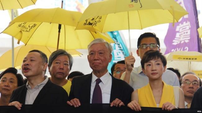香港占中九子判刑 四人即时入狱8至16月