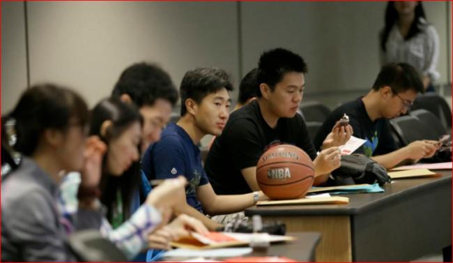 中国家长砸650万刀 只为孩子进美国名校